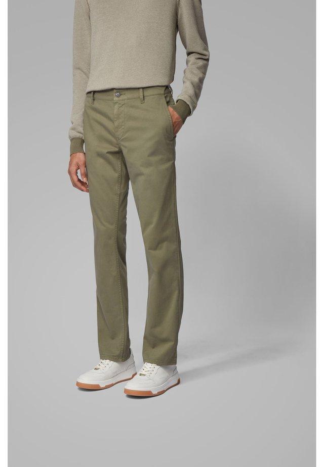 REGULAR FIT - Pantaloni - open green