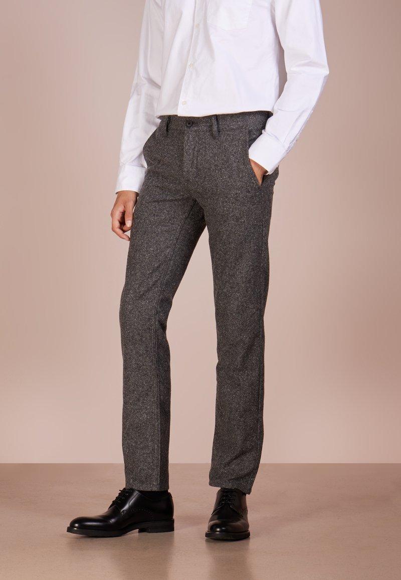 BOSS - Trousers - light/pastel grey