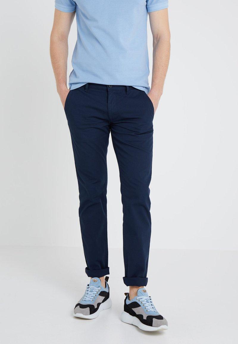 BOSS - Pantaloni - dark blue