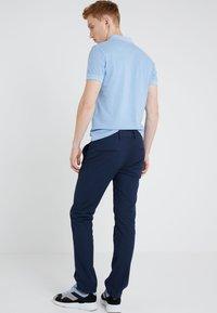 BOSS - Pantaloni - dark blue - 2