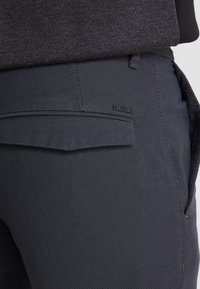 BOSS - SCHINO MODERN - Chino - charcoal - 4