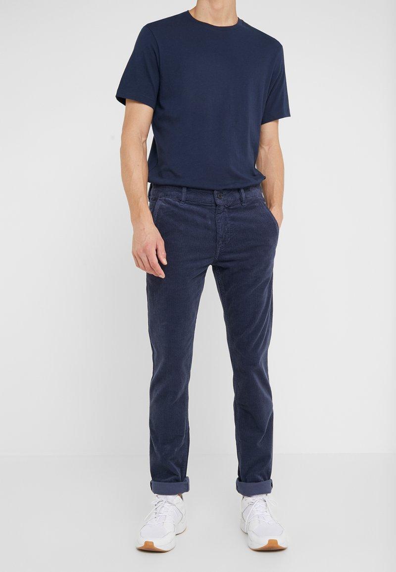 BOSS - Pantalones - blue