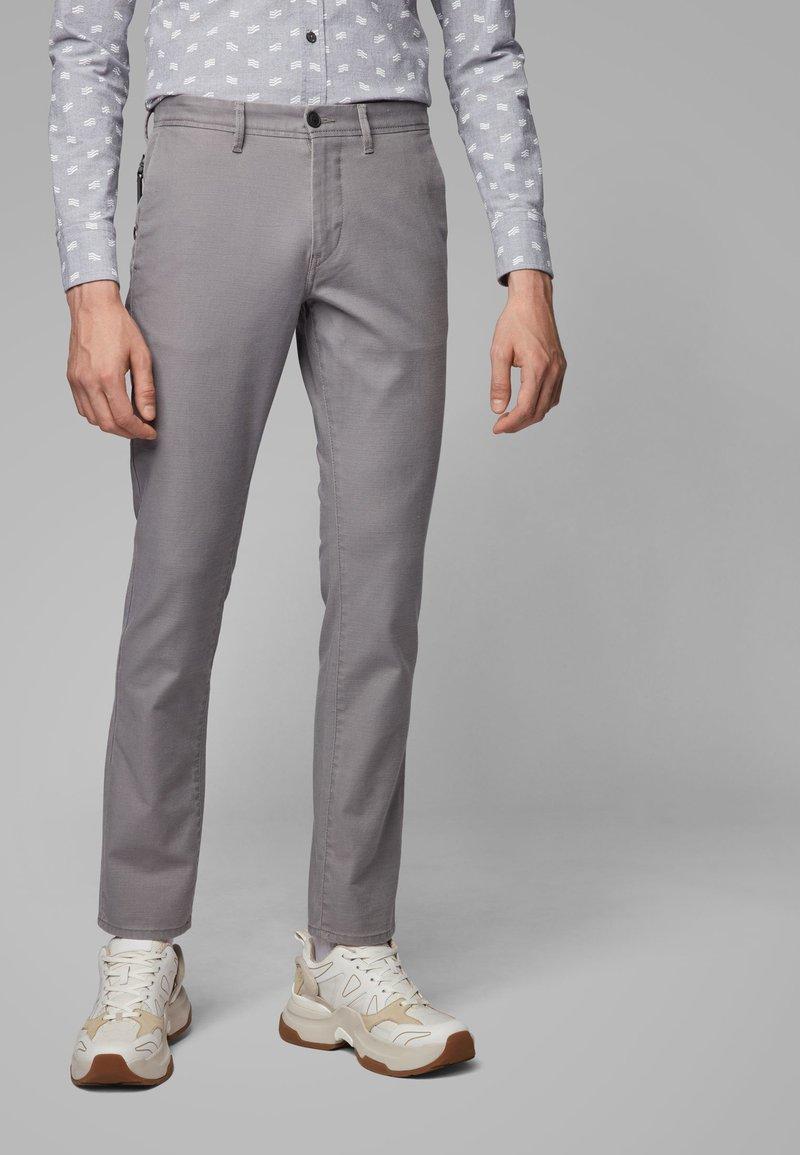 BOSS - Pantaloni - grey