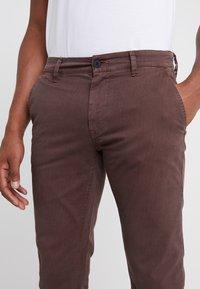 BOSS - Pantaloni - brown - 3