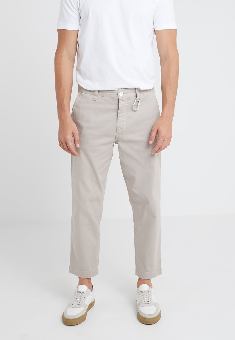 BOSS - SALT - Trousers - light beige