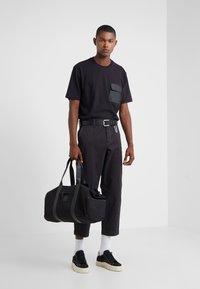 BOSS - SALT - Spodnie materiałowe - black - 1