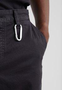 BOSS - SALT - Spodnie materiałowe - black - 5