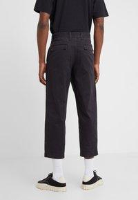 BOSS - SALT - Spodnie materiałowe - black - 2