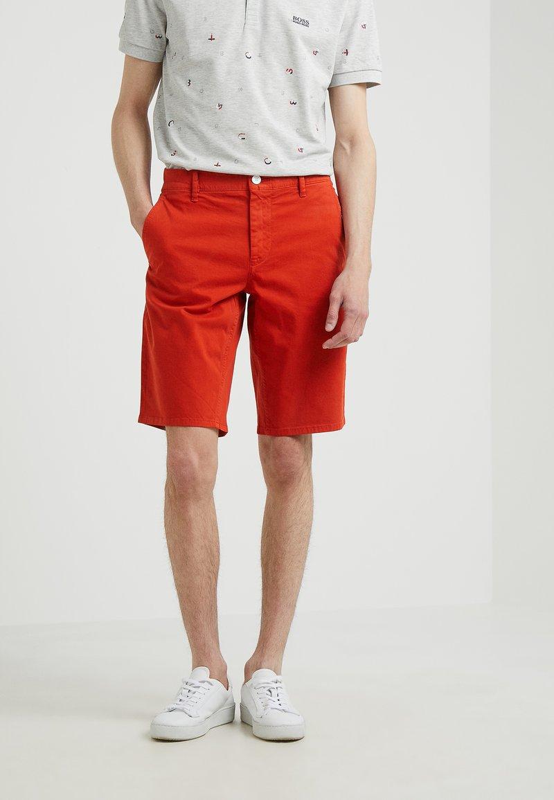 BOSS - Shorts - dark orange