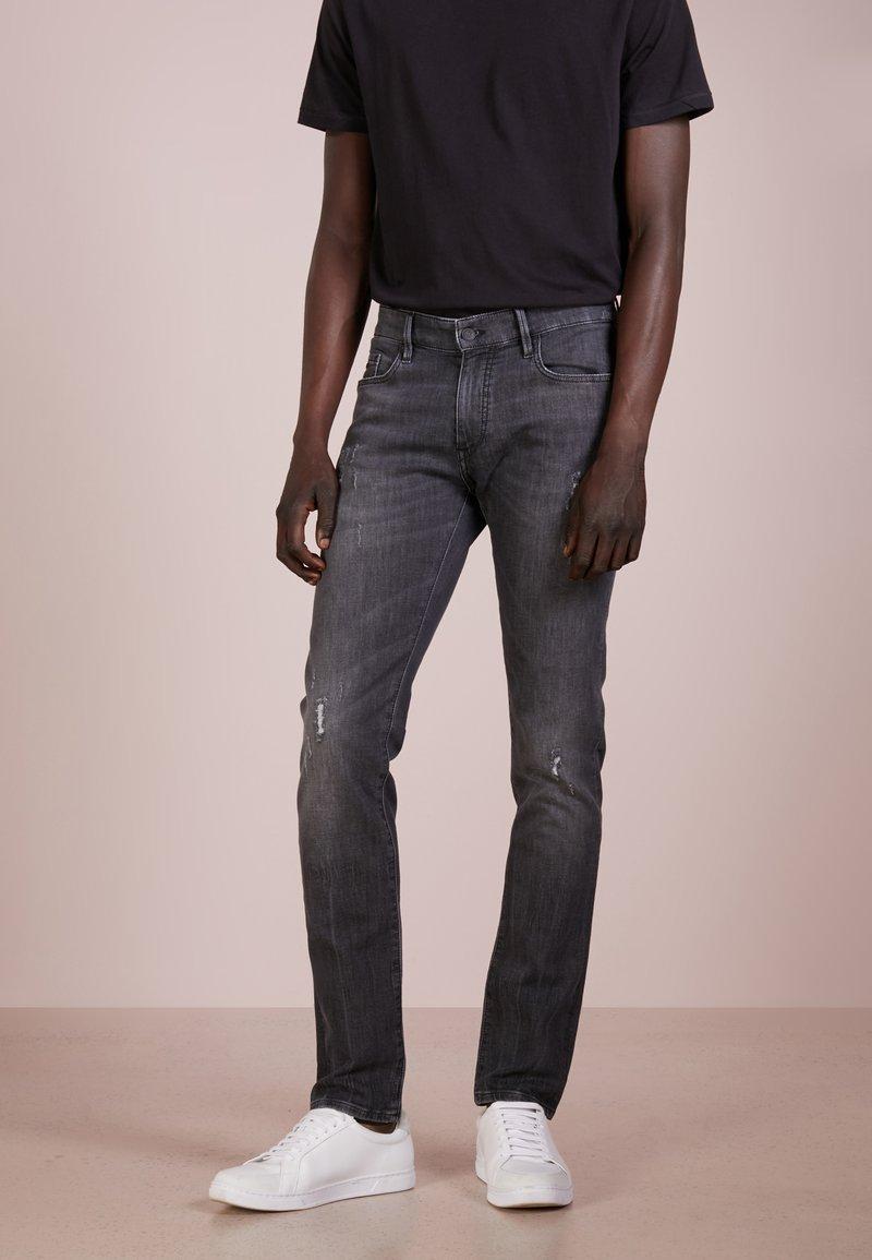 BOSS - CHARLESTON - Jeans Skinny Fit - grey
