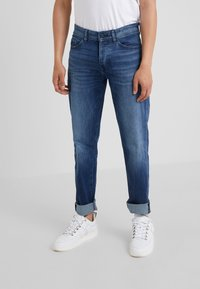 BOSS - TABER - Jean slim - medium blue - 0