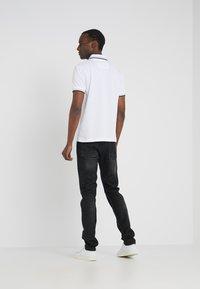 BOSS - TABER - Jean slim - dark grey - 2