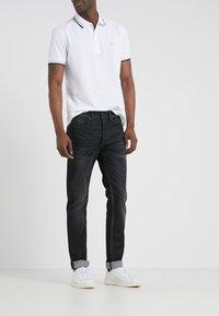 BOSS - TABER - Jean slim - dark grey - 0