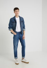 BOSS - TABER - Slim fit jeans - medium blue - 1