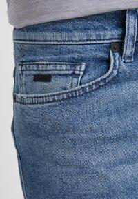 BOSS - DELAWARE  - Slim fit jeans - light blue denim - 3