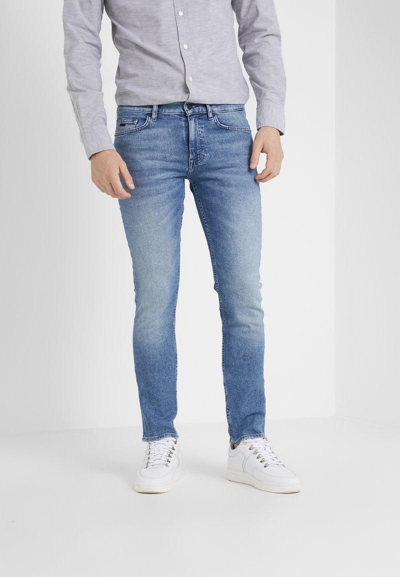 BOSS - DELAWARE  - Jean slim - light blue denim