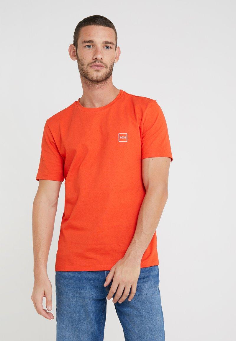 BOSS - TALES - Basic T-shirt - open orange