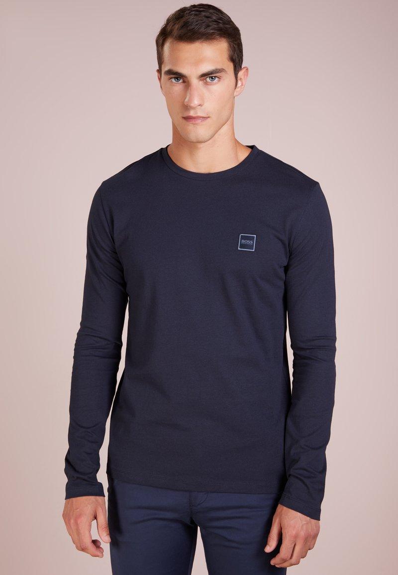BOSS - TACKS - Top sdlouhým rukávem - dark blue