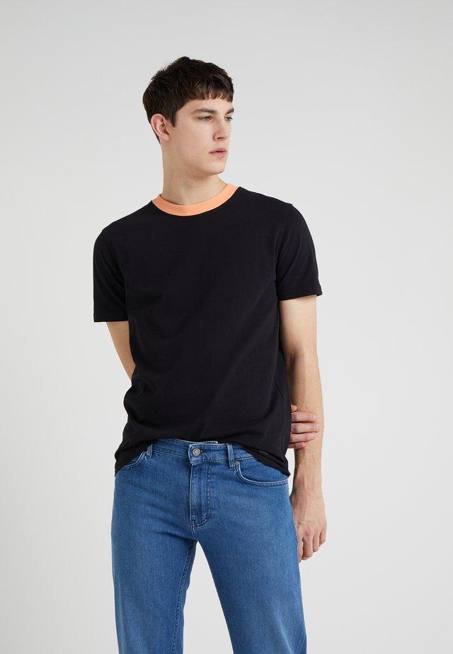 TPALM - Print T-shirt - black