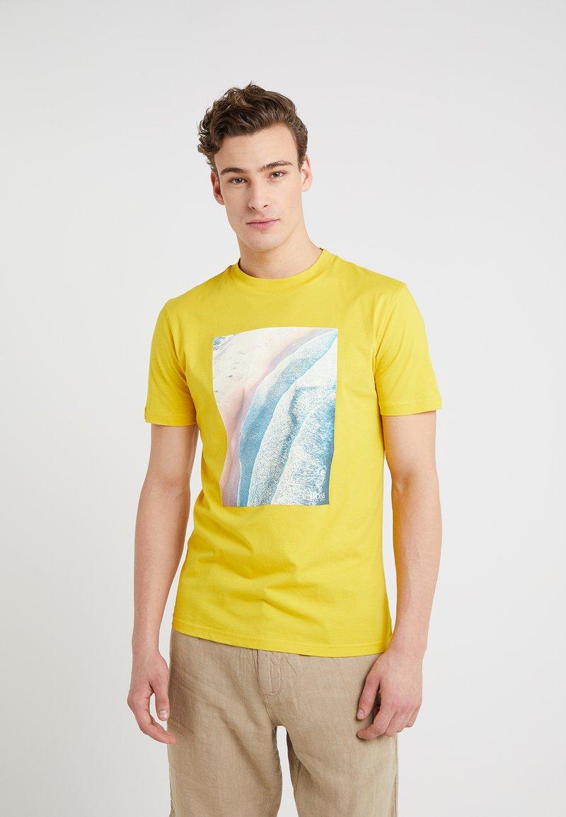BOSS - TEECHER - T-shirt print - medium yellow