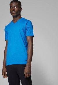 BOSS - TYXX - T-shirt basique - blue - 0