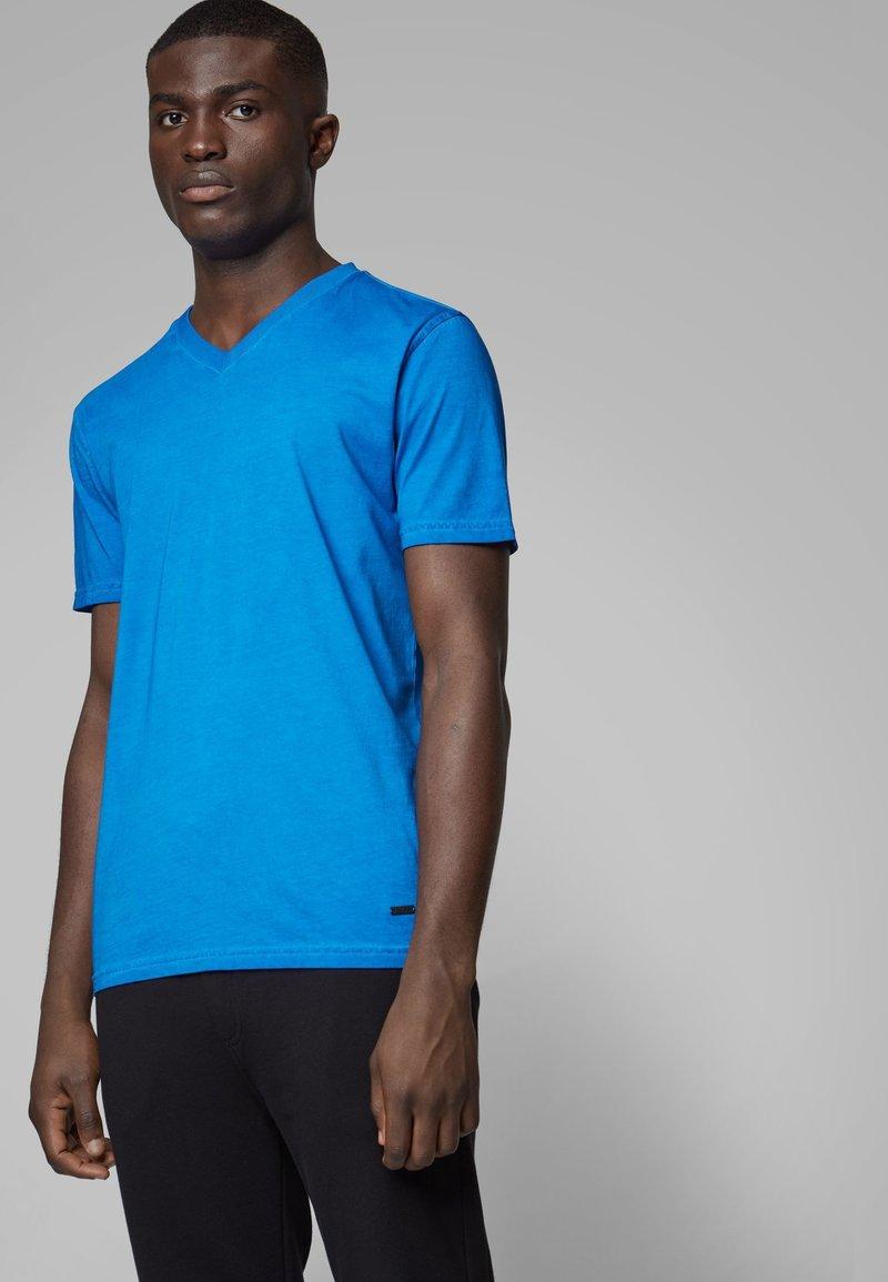 BOSS - TYXX - T-shirt basique - blue
