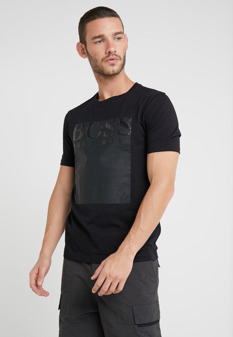 BOSS - TAUCH - T-shirt imprimé - black
