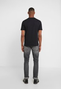 BOSS - TREK  - Print T-shirt - black - 2