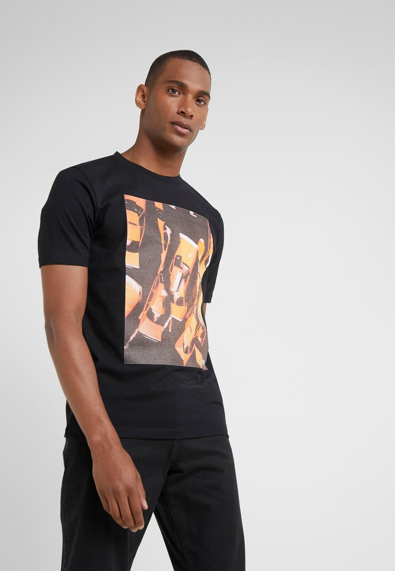 BOSS - TREK 1 - T-shirt med print - black