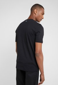 BOSS - TREK 1 - T-shirt med print - black - 2