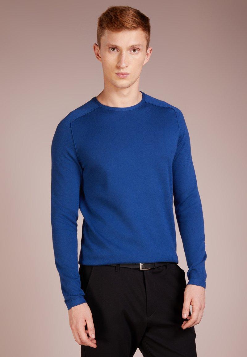BOSS - AMIROY - Jumper - open blue