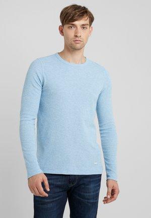 TEMPEST - Strikkegenser - light blue