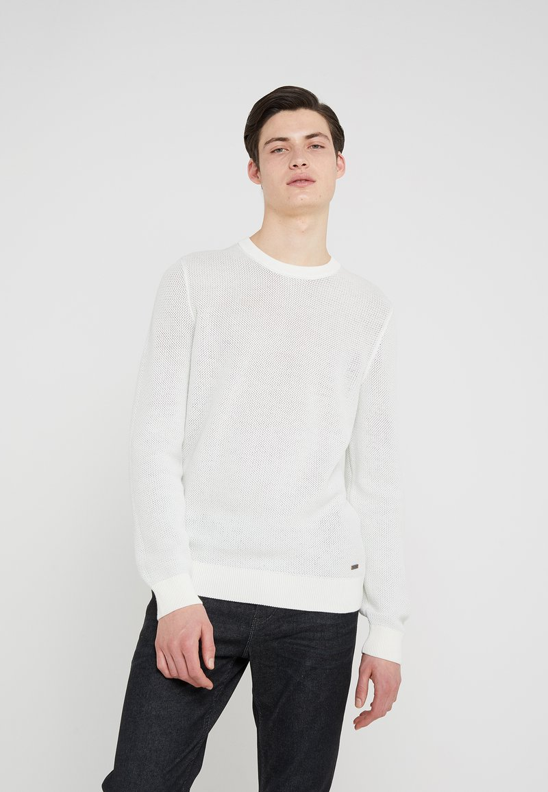 BOSS - AKMUSSO - Strickpullover - white