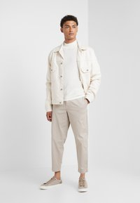 BOSS - AKOPITO - Pullover - offwhite - 1