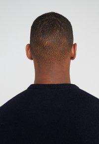 BOSS - AMBOTREVO - Stickad tröja - navy - 4