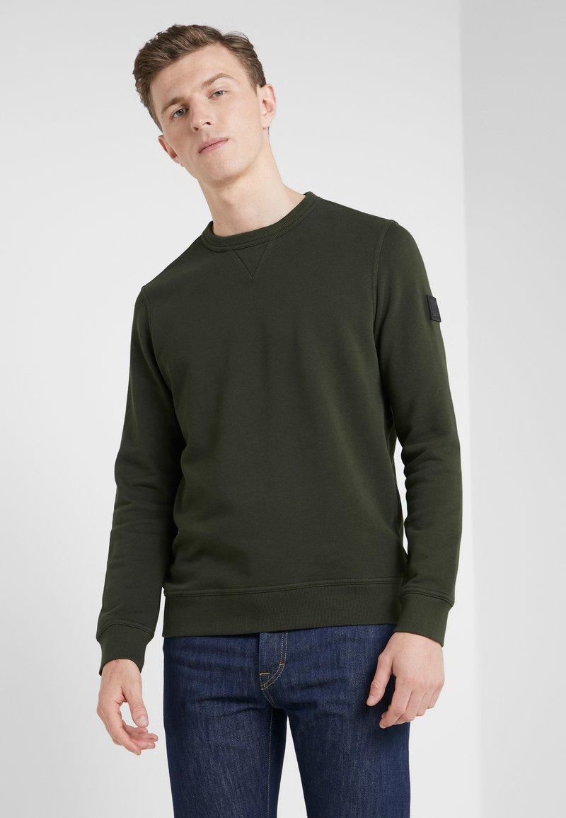 BOSS - WALKUP - Sweatshirt - oliv