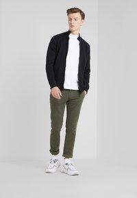 BOSS - ZKYBOX - veste en sweat zippée - black - 1