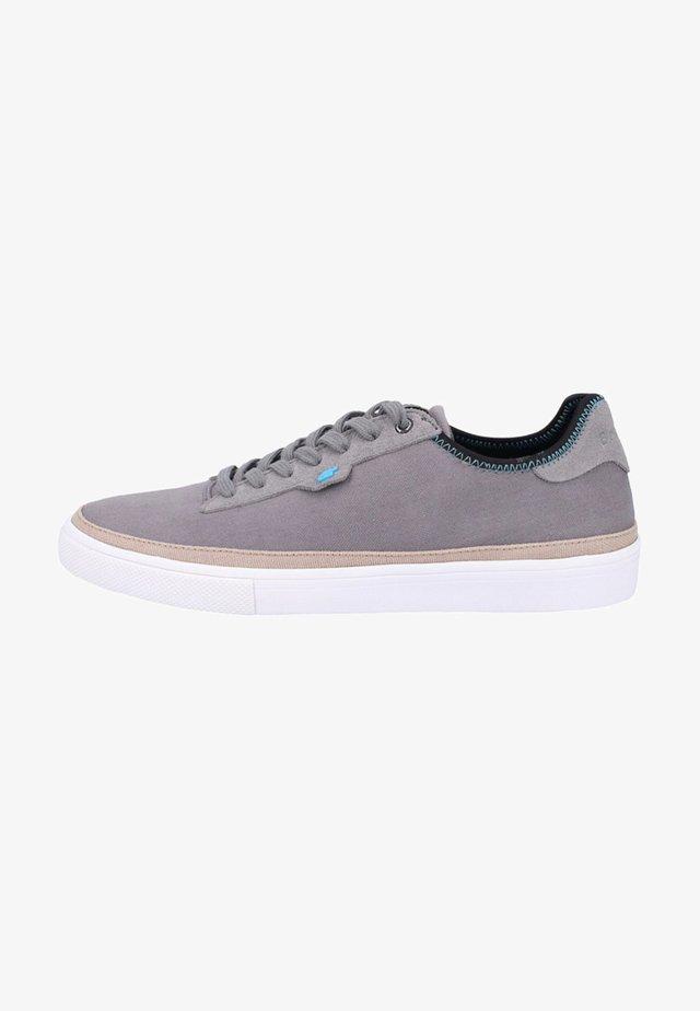 Trainers - steel grey