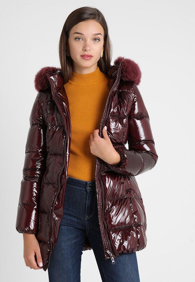 Down coat - mahogany