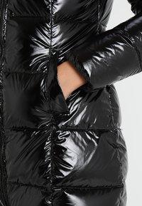 Bomboogie - Kabát zprachového peří - black - 6