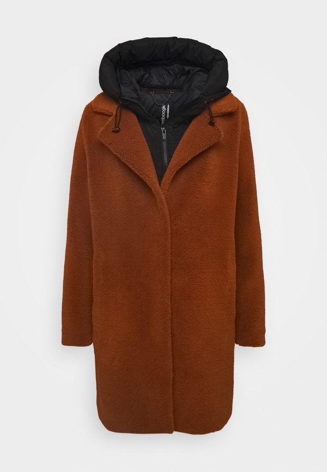 Winter coat - inca gold