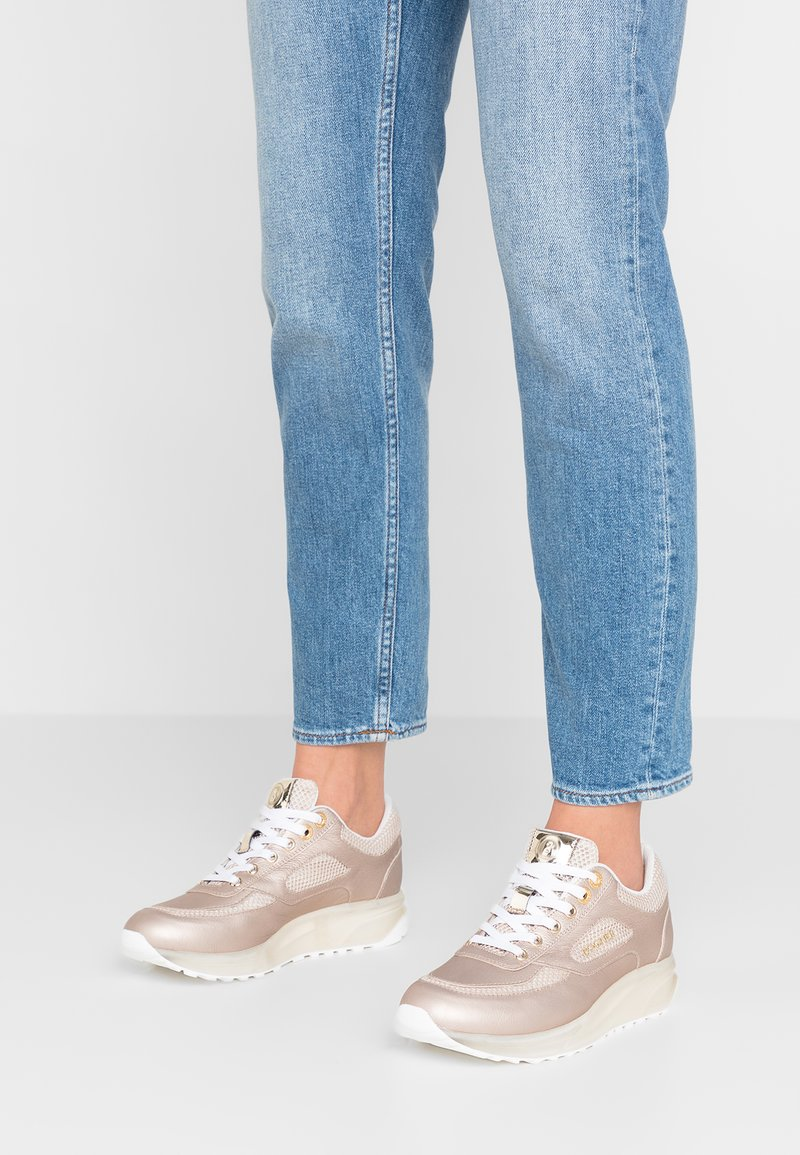Bogner - NEW YORK LADY - Sneaker low - champagne
