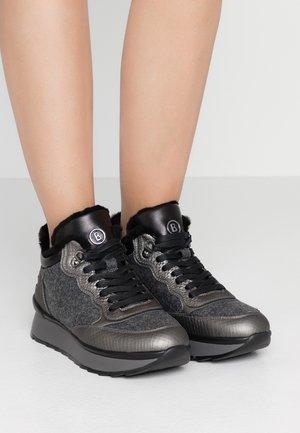 SAAS FEE  - Sneakersy niskie - anthracite