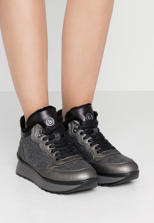 SAAS FEE  - Sneaker low - anthracite