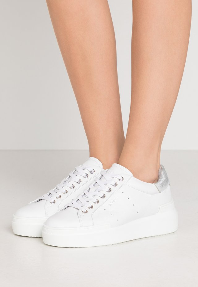 HOLLYWOOD - Sneakers - white/silver