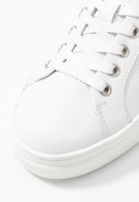 Bogner - HOLLYWOOD - Tenisky - white/silver - 2