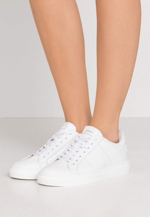 NEW SALZBURG - Sneakers - white