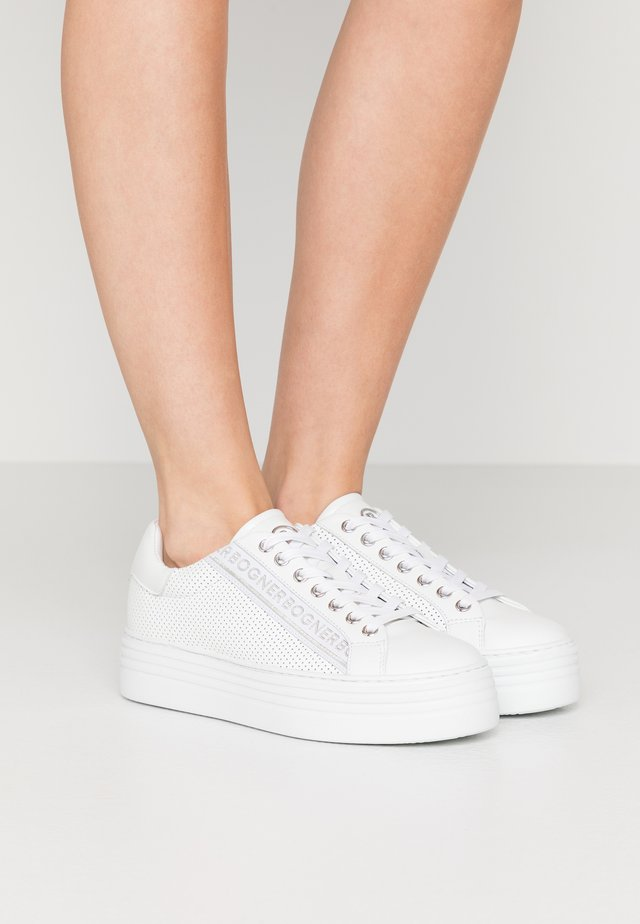 ORLANDO - Trainers - white