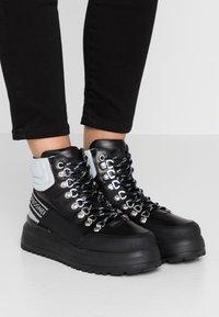 Bogner - ANTWERP - Boots à talons - black/silver - 0