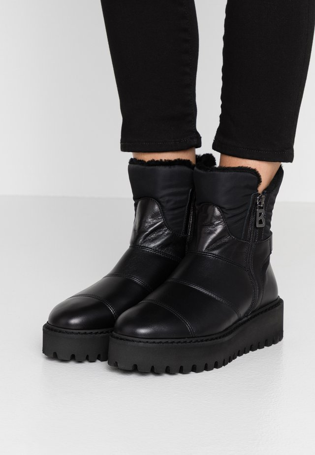 OSLO - Winter boots - black